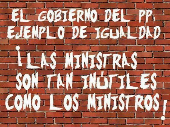 PP ejemplo de igualdad: Las ministras son tan inútiles como los ministros!!!